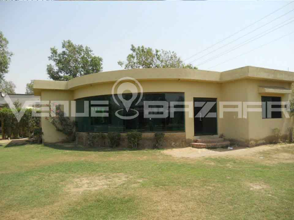 Farmhouse in Karachi